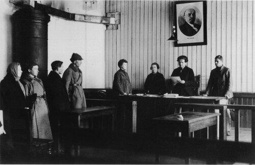 Упразднение присяжной адвокатуры в 1917 году